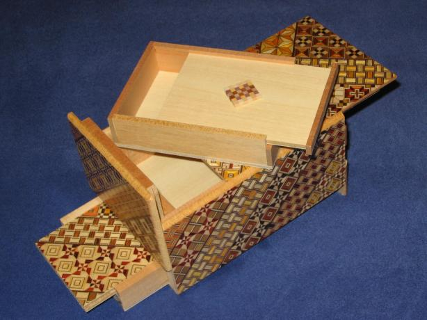 how to make a puzzle box
