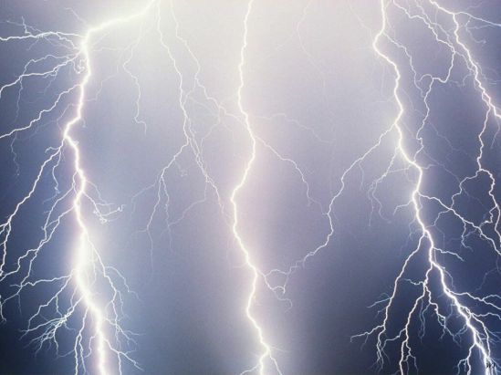 Human Cells have Electric Fields as Powerful as Lighting Bolts